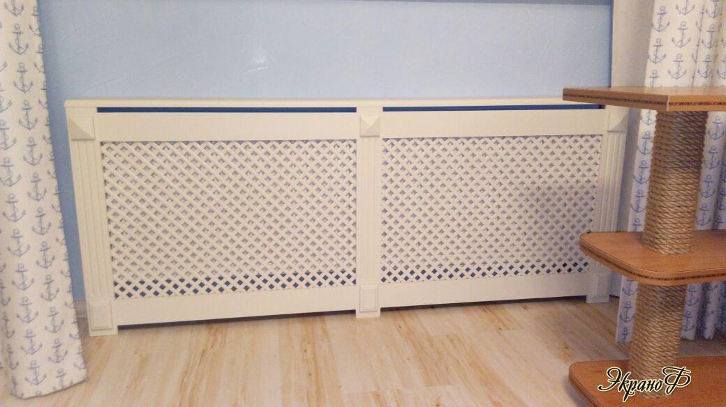 Решетка на радиатор из массива древесины